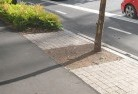 Landscaping kerbs and edges 10 thumb