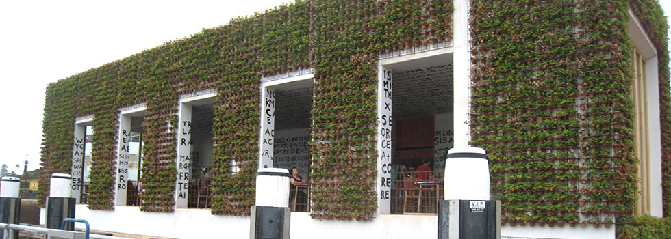 Kwikfynd Green walls 3