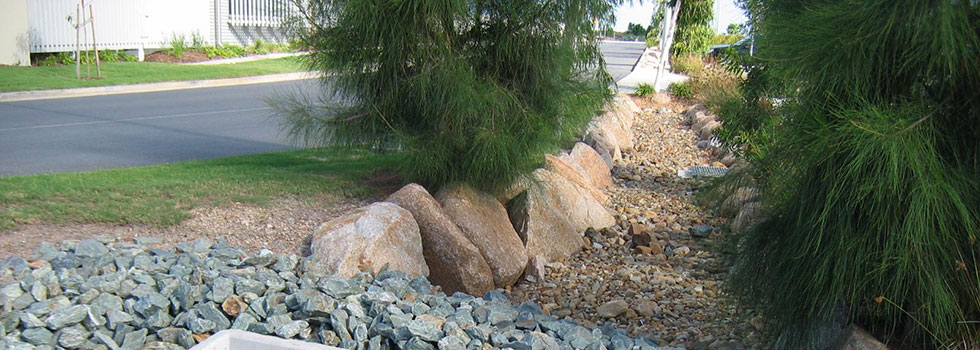 Kwikfynd Landscape structures 5