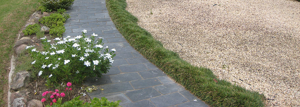Kwikfynd Landscaping kerbs and edges 4