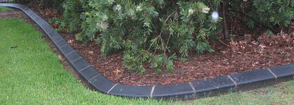 Landscaping kerbs and edges 9