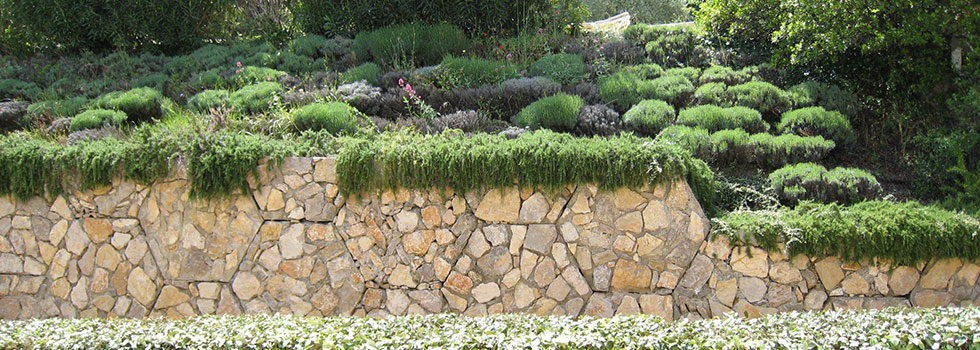 Kwikfynd Retaining walls 1